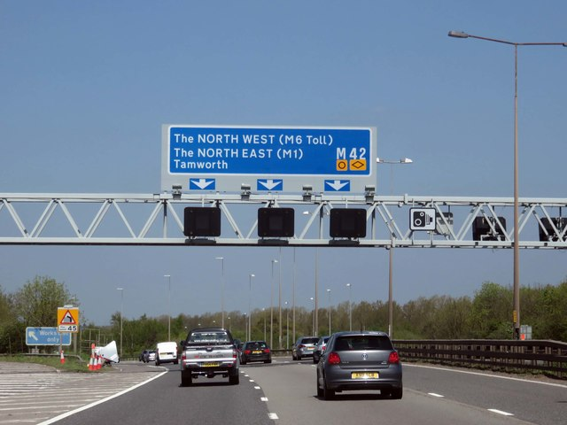 The M42 heading north by Junction 7A