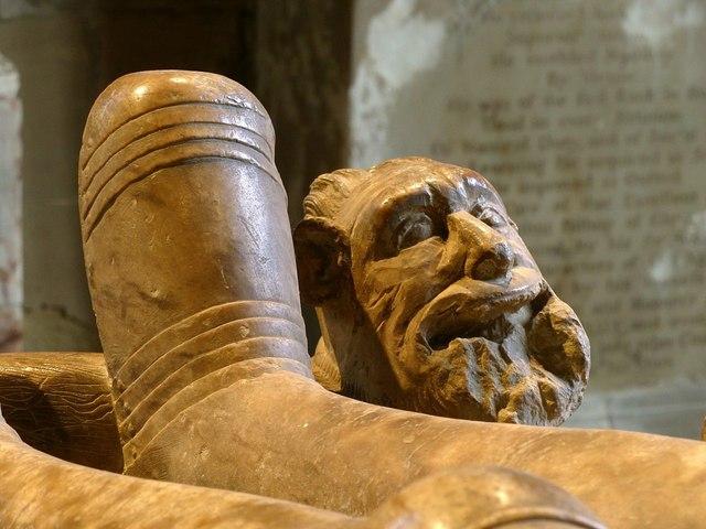 Church of St Helen, Ashby-de-la-Zouch – Hastings tomb – 3