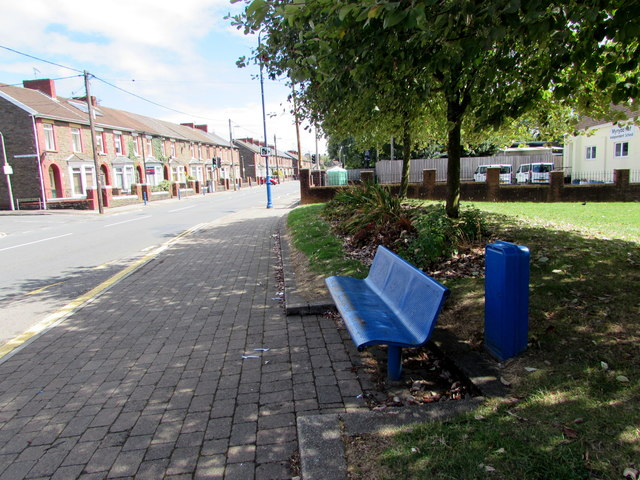 Blue bench and blue cabinet, Newport Road, Trethomas
