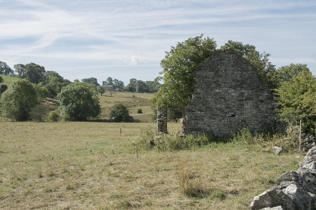 A tumbledown barn