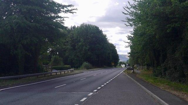 A483, Arddlin