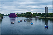TQ2780 : Hyde Park : The Serpentine by Julian Osley