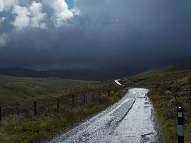 Glenbrittle: the road into the valley