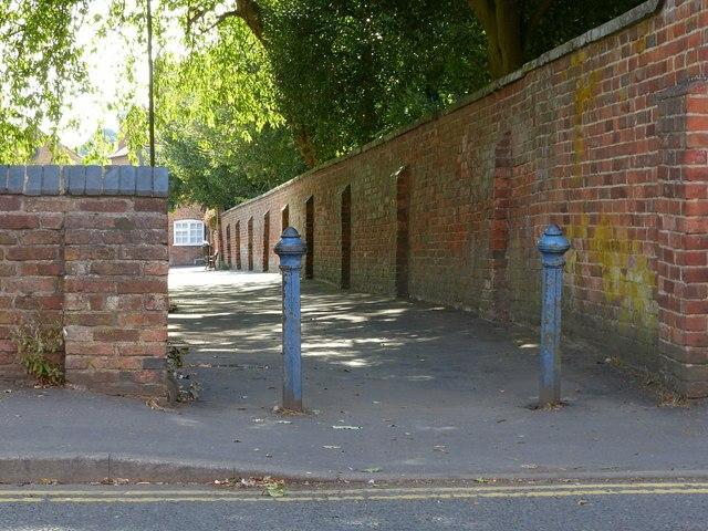 Walk along the north side of St Helen's churchyard, Ashby-de-la-Zouch