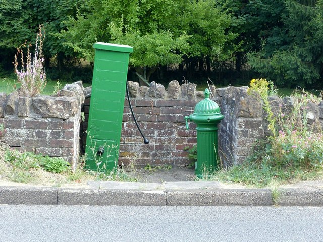 Water fountain and pump,Main Road, Ticknall