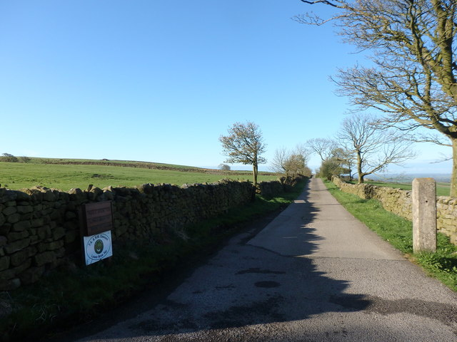 Access Lane to Lower Brow Top & Middle Brow Top Farms
