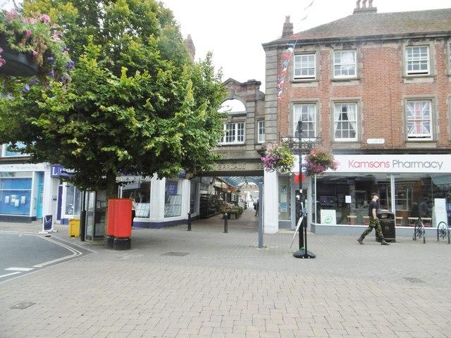Littlehampton, The Arcade