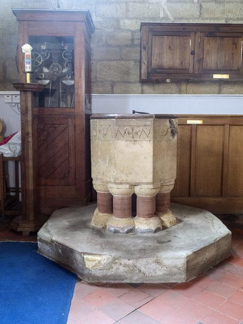 Christ Church, Marton cum Grafton - Font