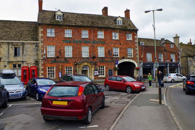 The New Inn Hotel (1), Market Square, Lechlade-on-Thames, Glos