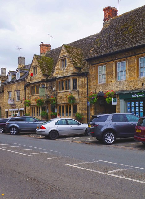 The Swan Inn (3), Burford Street, Lechlade-on-Thames, Glos