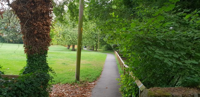 Park, path and stream in Wendover