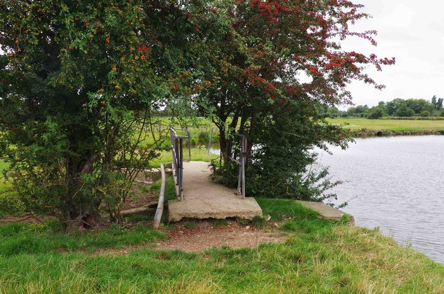 Footbridge by River Thames (2), near Lechlade-on-Thames, Glos
