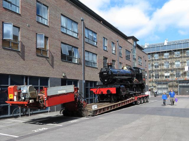 Steam locomotive moves in Swindon