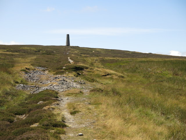 The eastern Allendale lead smelting flue below the northern chimney