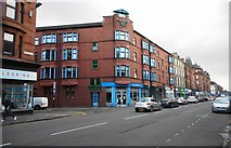 NS5566 : Flats on the corner of Dumbarton Road and Anderson Street by Richard Sutcliffe