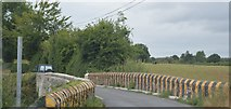 S3337 : Narrow bridge, R692 by N Chadwick
