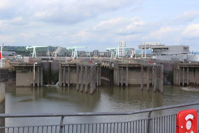 Locks, Cardiff Bay Barrage