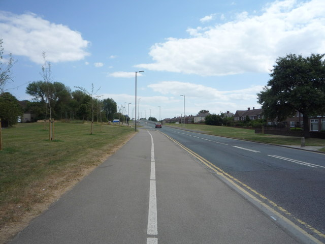 Cycle path beside Campbell Park Road, Hebburn