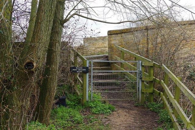 Steps up to Tadpole Bridge, near Bampton, Oxon