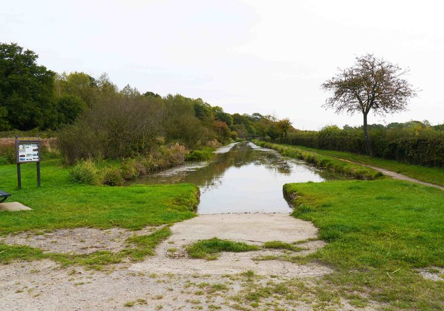 Templar's Firs terminus of the Wilts & Berks Canal, Royal Wootton Bassett, Wilts