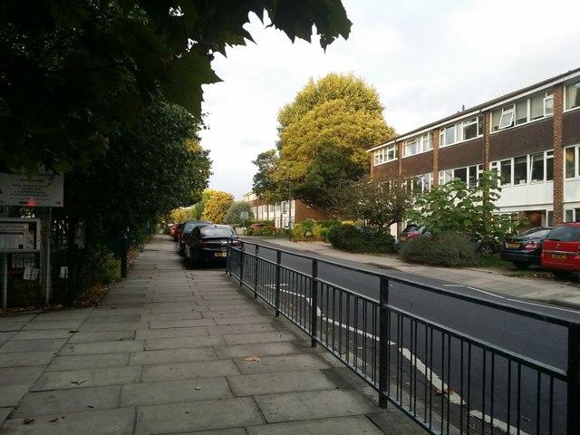 Ashburnham Road, Ham
