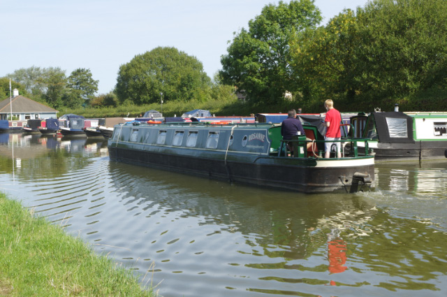 Grand Union Canal, Cooks Wharf
