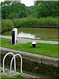 SP6989 : Lock No 14 and sidepond at Foxley, Leicestershire by Roger  Kidd