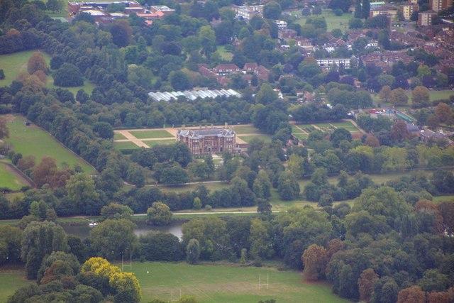 London Borough of Richmond upon Thames : Petersham Scenery