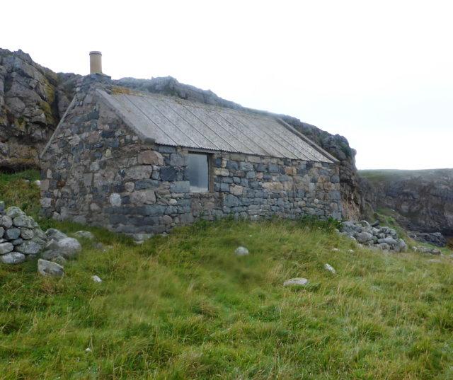 Shepherds' bothy on Eilean Hoan