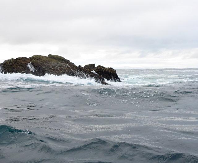 Tidal rock by Clach Mhòr na Faraid