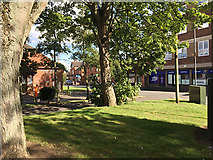 SP2871 : Leafy access in and out of Abbey End car parks by Station Road, Kenilworth by Robin Stott