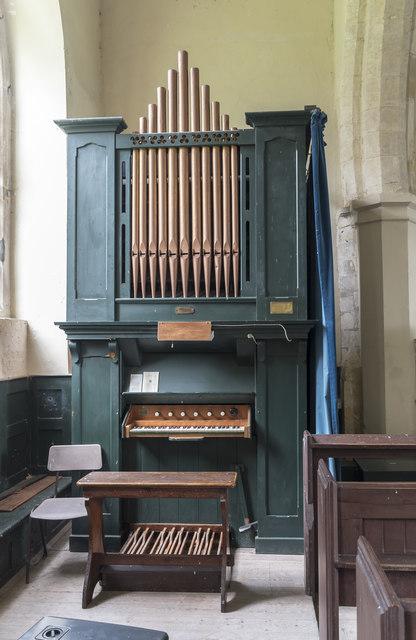 Organ, St Swithin's  church, Baumber
