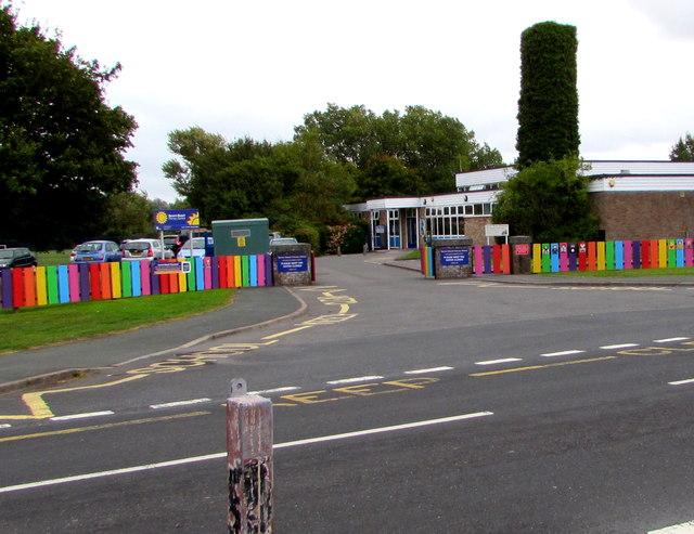 Entrance to Severn Beach Primary School
