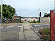 TM2532 : Token level crossing, Harwich by Robin Webster
