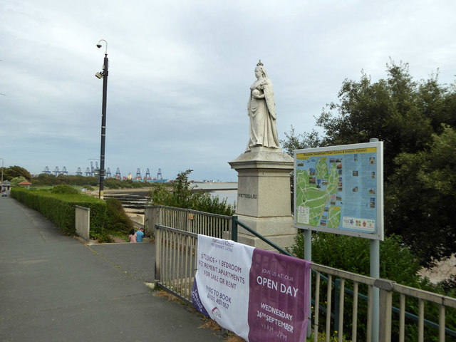 Statue of Queen Victoria, Dovercourt