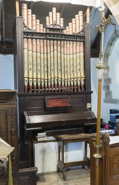Organ, St Margaret's church, Bucknall