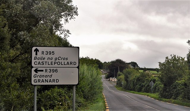 R395 approaching junction with R396
