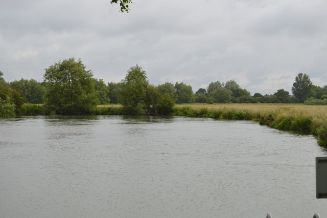 River Thames at King's Weir