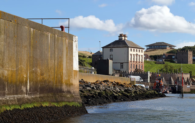 Entering Eyemouth Harbour