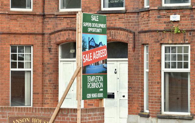 Nos 240-242 Upper Newtownards Road, Belfast - September 2018(1)