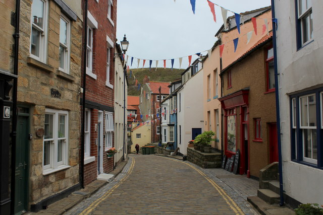 Return to High Street, Staithes