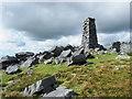 SH5351 : Angular boulders on Mynydd Tal-y-mignedd by Trevor Littlewood
