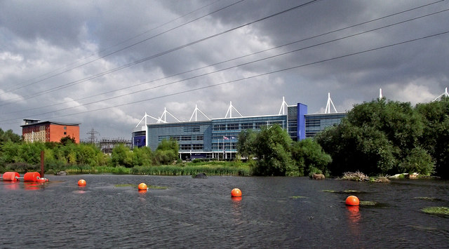 River, boom, footie and hotel in Leicester