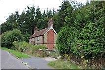 SU8721 : House on Petersfield Road, Midhurst by David Howard