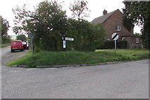 SU1659 : Corner of Green Drove and Everleigh Road south of Pewsey by Jaggery