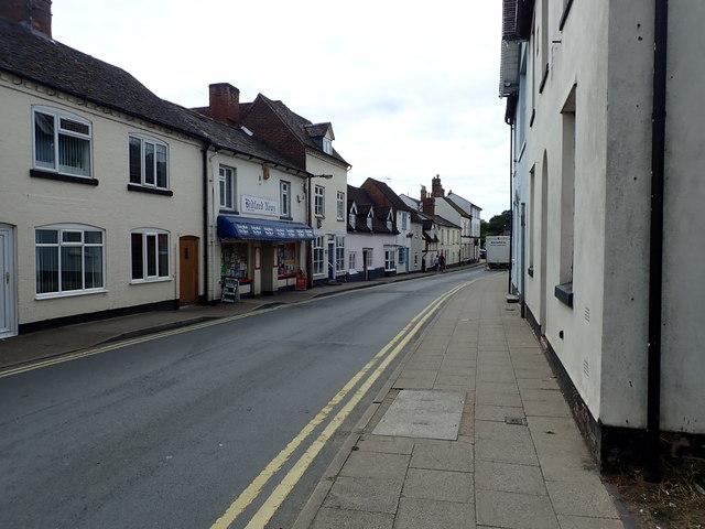 Bidford-on-Avon - the High Street