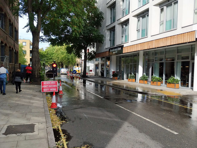 Wet road works, Long Lane, SE1