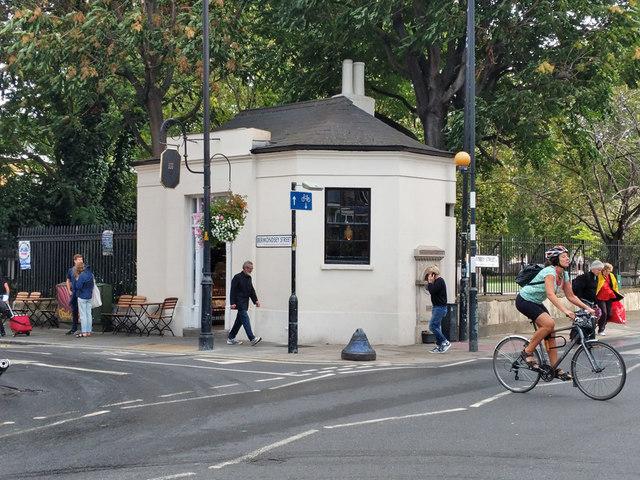 The Watch House, Bermondsey Street, SE1
