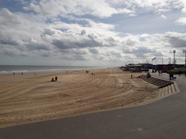 Mablethorpe: the town-centre stretch of beach