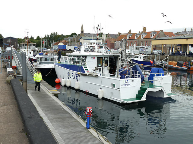 "Survey vessel ""Lia"" docking in Eyemouth harbour"